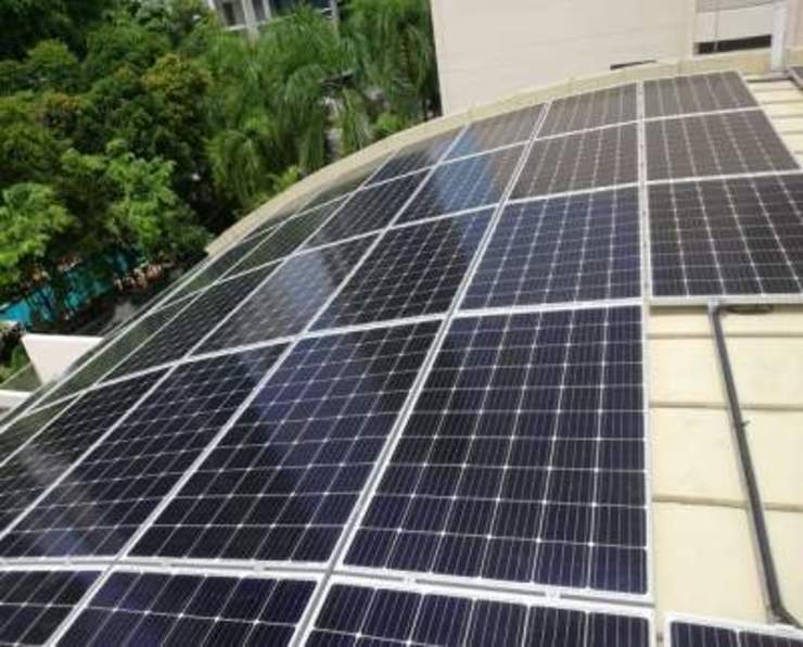 Solar For Home - Gilstead Road by PMCE (Global) Pte. Ltd. Modern