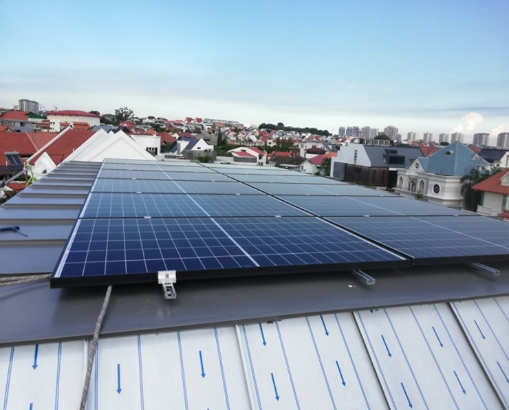 Solar For Home - Frankel Drive by PMCE (Global) Pte. Ltd. Modern
