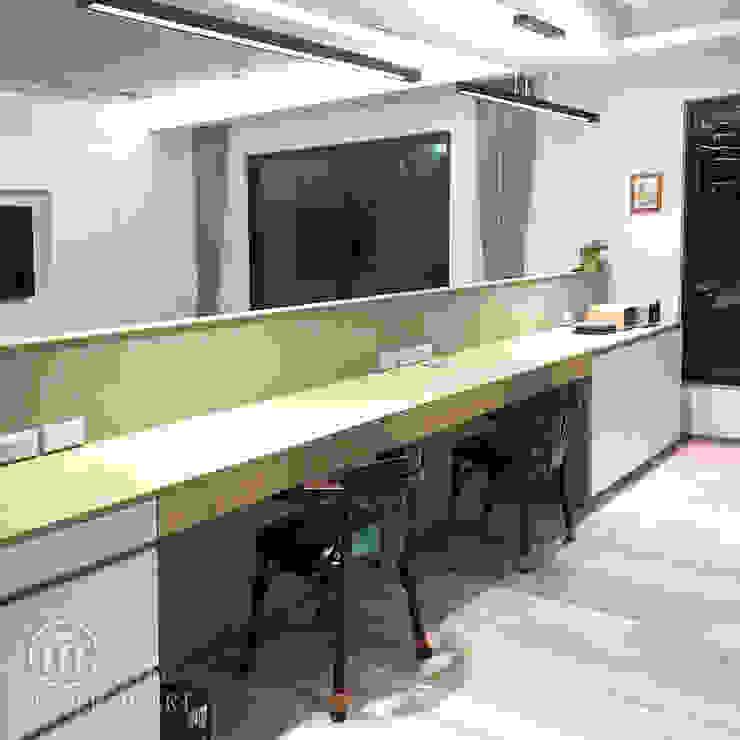 系統書桌: 極簡主義  by 醉心空間設計有限公司, 簡約風