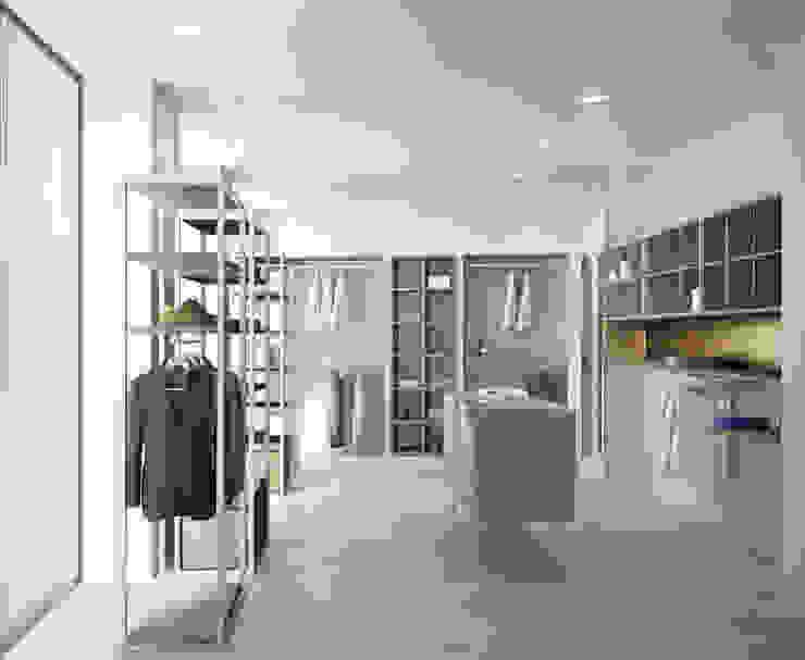 restyling negozio Negozi & Locali commerciali moderni di Lascia la Scia S.n.c. Moderno Legno Effetto legno