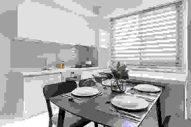 【呈豐建築 │ 呈豐日日11期】 現代廚房設計點子、靈感&圖片 根據 SING萬寶隆空間設計 現代風