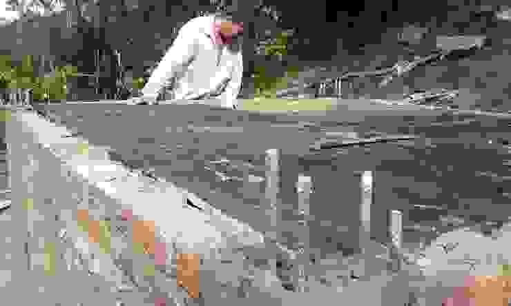 Almacenamiento de aguas de Hauzer Arquitectura Rural Concreto reforzado