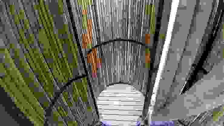 Duchas al aire libre de Hauzer Arquitectura Rústico Bambú Verde
