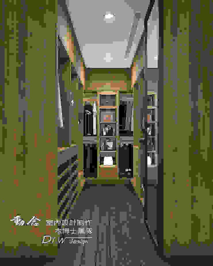 主臥/更衣室/歐式系統櫃/木地板/現代風 根據 木博士團隊/動念室內設計制作 現代風
