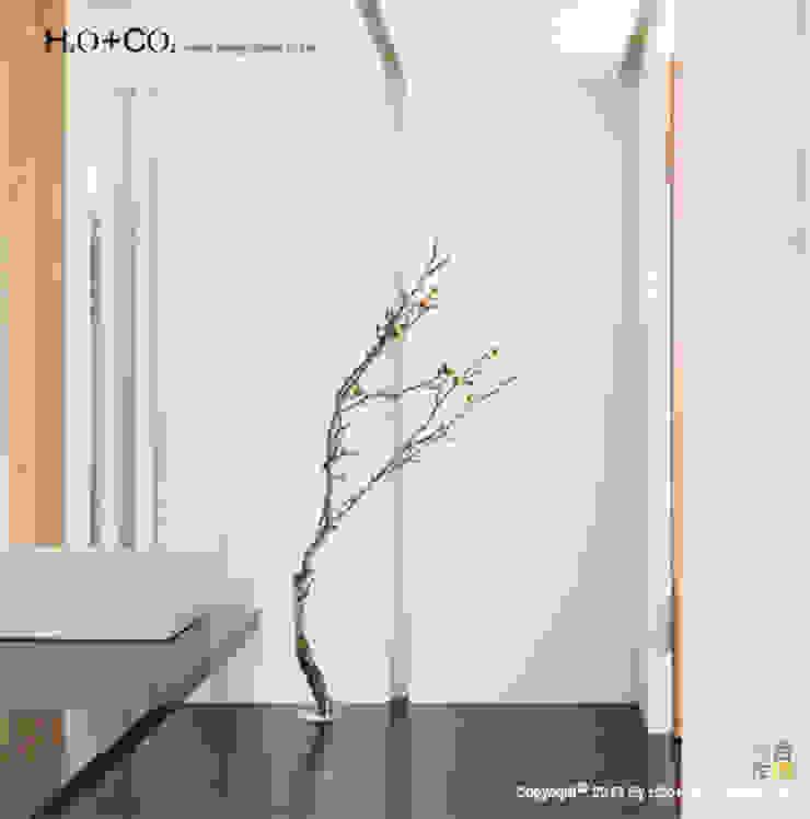 端景 現代風玄關、走廊與階梯 根據 光合作用設計有限公司 現代風