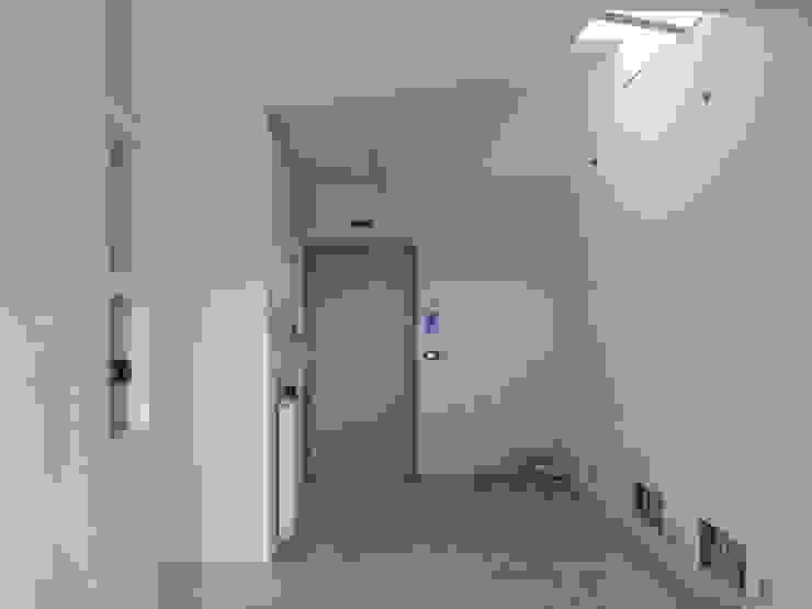 Foto Cantiere_piano open space 1 di antonio felicetti architettura & interior design Moderno