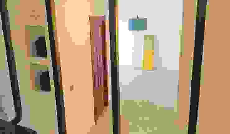 Dalla scala Soggiorno moderno di antonio felicetti architettura & interior design Moderno Cemento