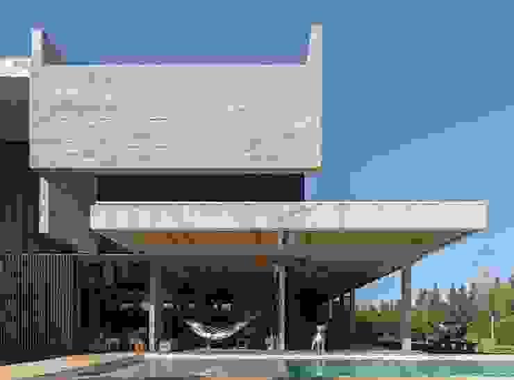 ATV Arquitectos Casas de estilo minimalista Hormigón Gris