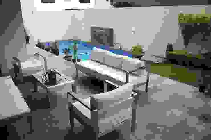 Inmobiliaria Punto 30 Modern balcony, veranda & terrace