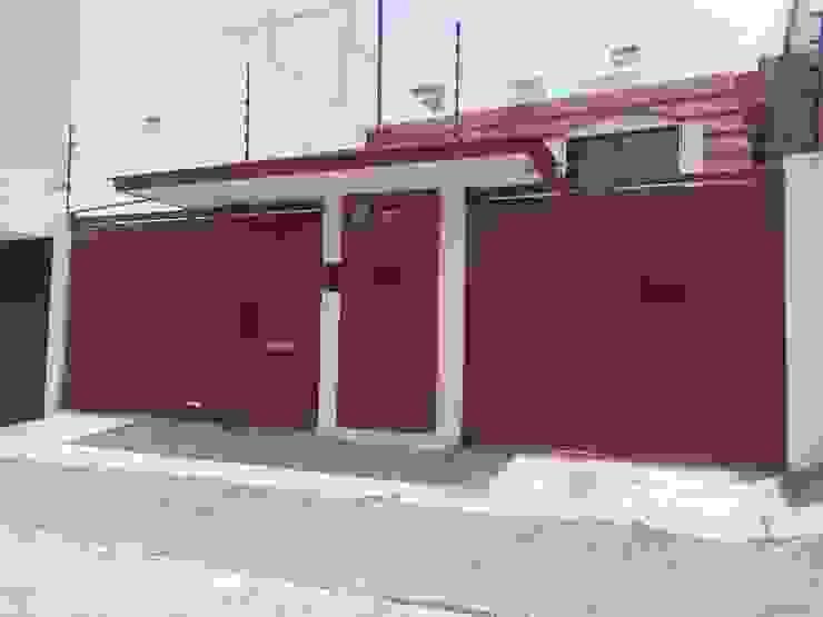 PUERTAS AUTOMÁTICAS GROSSMANN Rumah Minimalis Besi/Baja