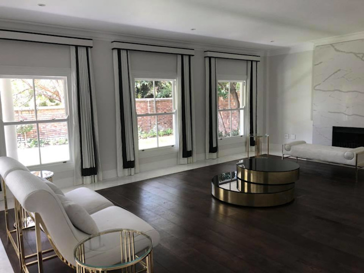 SimpliMation Pty Ltd Salon moderne