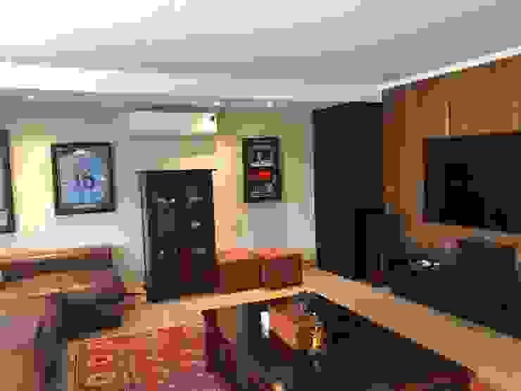 SimpliMation Pty Ltd Modern style media rooms