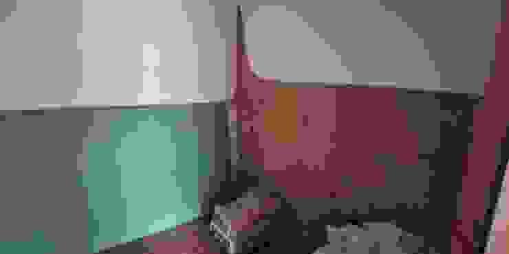 aspecto durante a intervenção, após picagem das paredes e tratamento de hidrofobação e inicio da aplicação de caixa de ar em pladur hidrófugo IIP - Reabilitação e Construção