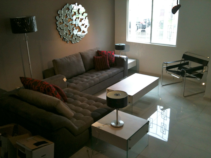 AGO: Arquitectura e Interiores Minimalist living room Grey