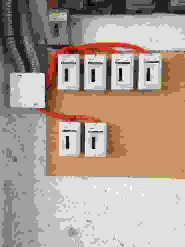 Instalación eléctrica de E & E Contratistas Moderno