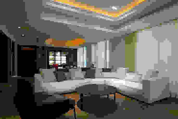 客廳 现代客厅設計點子、靈感 & 圖片 根據 璞爵設計Project Design 現代風