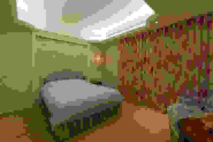 臥室 Classic style bedroom by 璞爵設計Project Design Classic