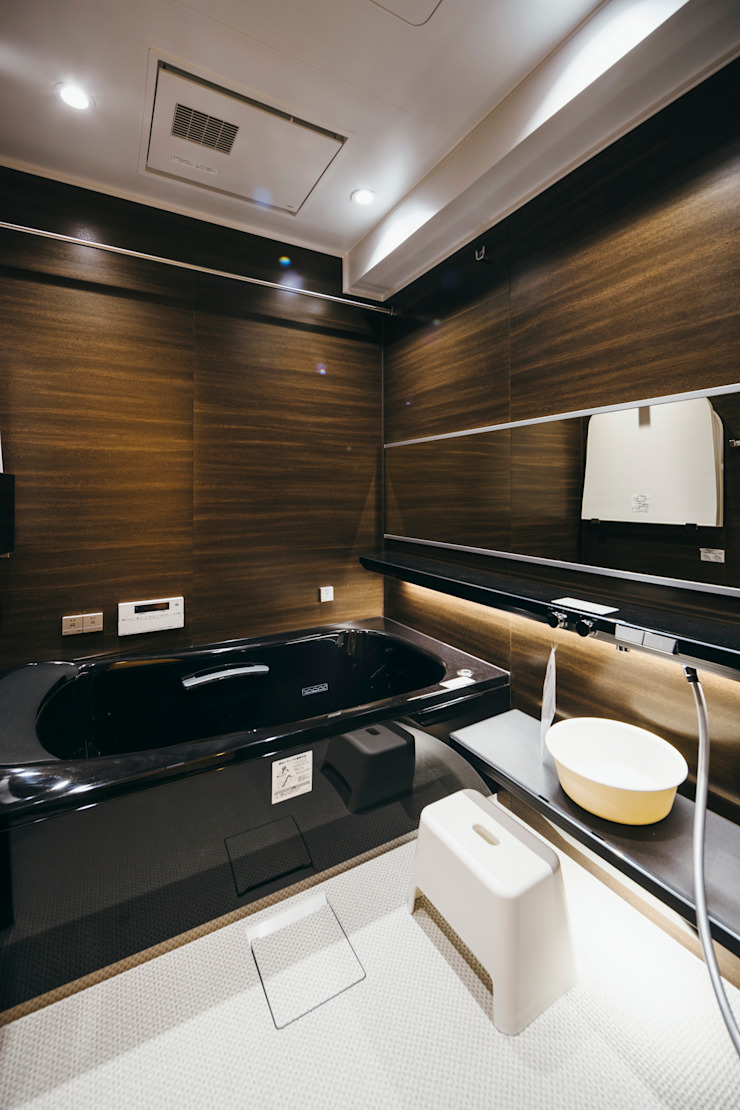 Industrial style bathroom by ELD INTERIOR PRODUCTS Industrial