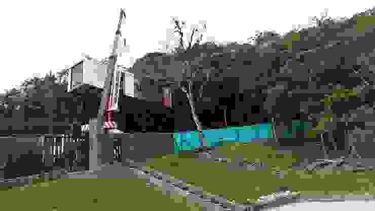 Casa de Campo Modular, km18 La Elvira Casas modernas de DeCasas.co Moderno