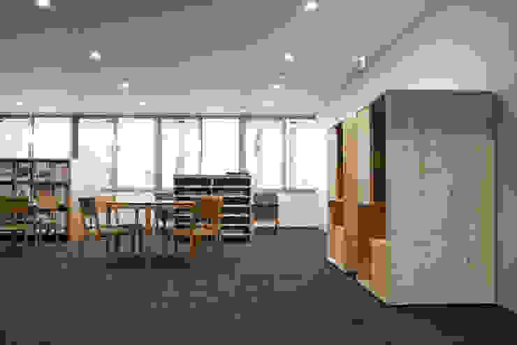 株式会社 大雪木工 Multimedia roomFurniture Wood Wood effect