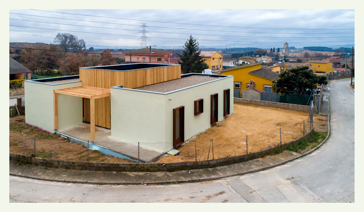 by ERGIO Wooden Houses Modern Wood Wood effect