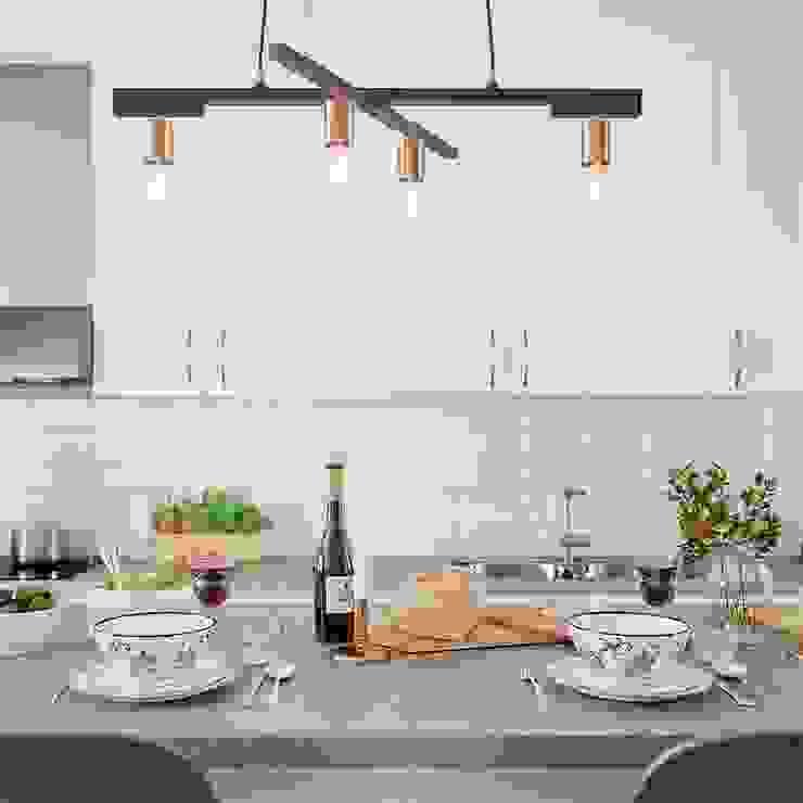 Moderne Kronleuchter in der Küche von Skapetze Lichtmacher Skandinavisch Metall