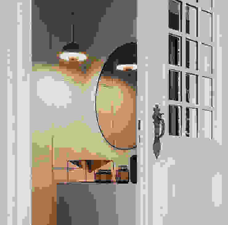 Espejo Circum de AYTM Caltha Design Agency BañosEspejos
