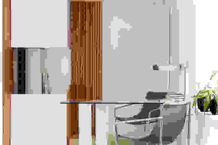 studioSAL_14 Ruang Studi/Kantor Modern