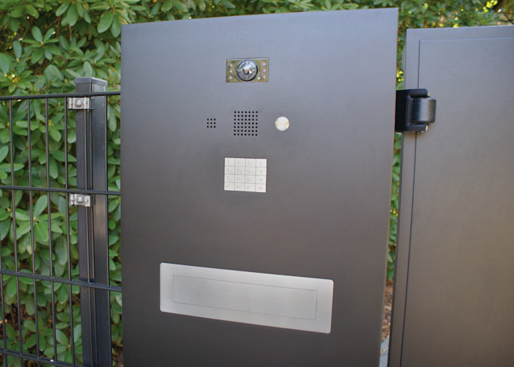 Nordzaun Halaman depan Aluminium/Seng Black
