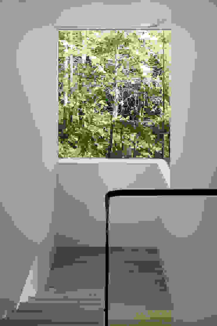 atelier137 ARCHITECTURAL DESIGN OFFICE Escaleras