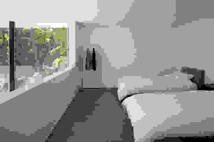 atelier137 ARCHITECTURAL DESIGN OFFICE Cuartos de estilo moderno