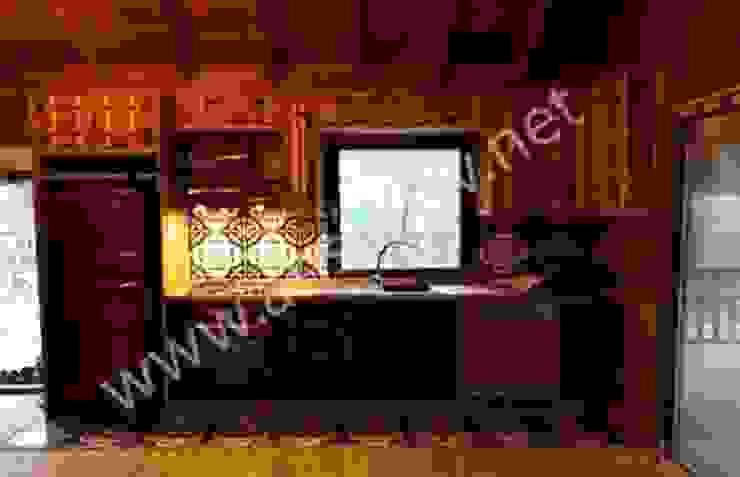 AHSAP EV— BEYKOZ— 120 m2 SİSNELİ AHŞAP EV - AĞAÇ EV - KÜTÜK EV - BUNGALOV -KAMELYA Built-in kitchens