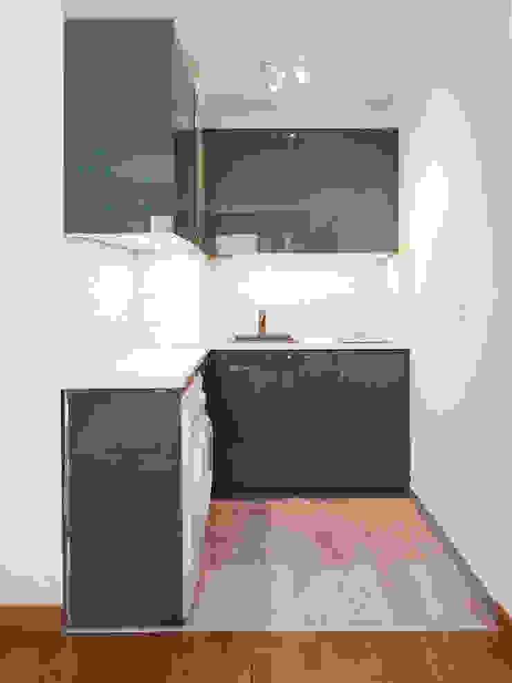Sandrine Carré Scandinavian style kitchen