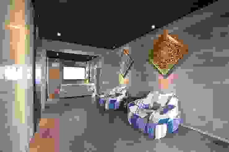 4階 寝室 の Style Create モダン