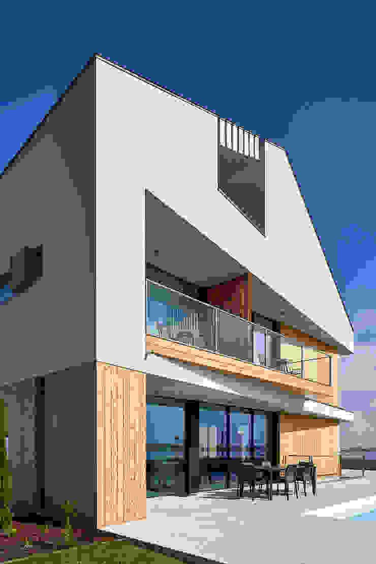 Atelier d'Arquitetura Lopes da Costa Case moderne