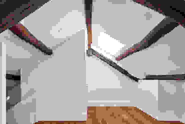 Atelier d'Arquitetura Lopes da Costa Small bedroom
