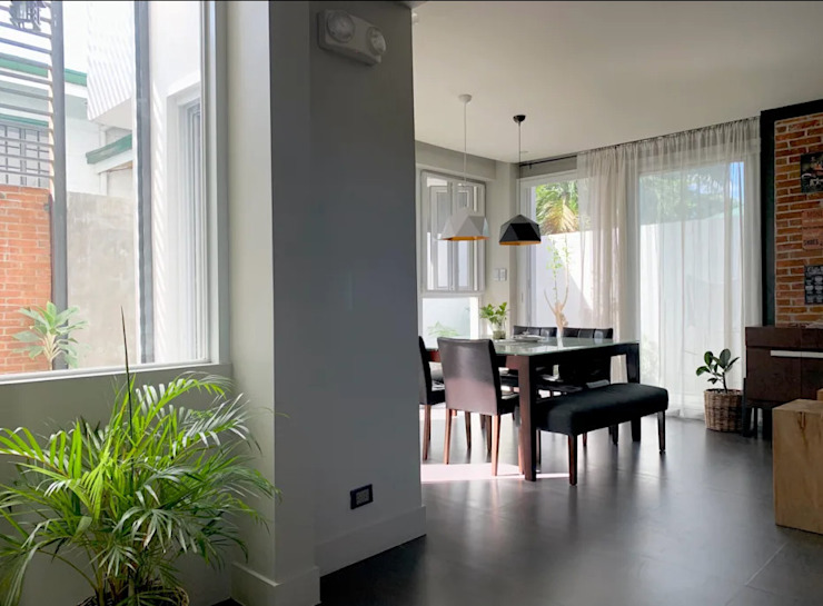 Modern Villa, Cainta Rizal OASIS Design Studio Modern dining room