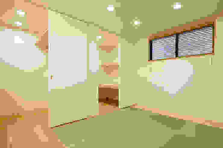 設計事務所アーキプレイス Dormitorios de estilo moderno