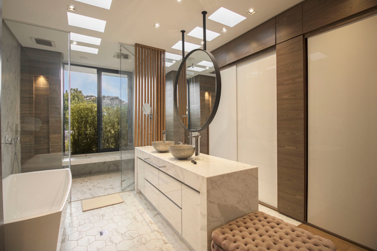 Arquitecto Santiago Rodriguez Scandinavian style bathroom
