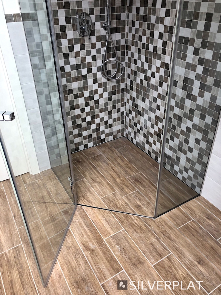 SILVERPLAT Minimalist style bathrooms