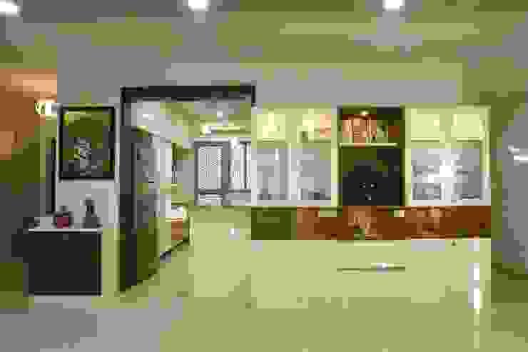 3 Modern corridor, hallway & stairs by Magnon India Modern