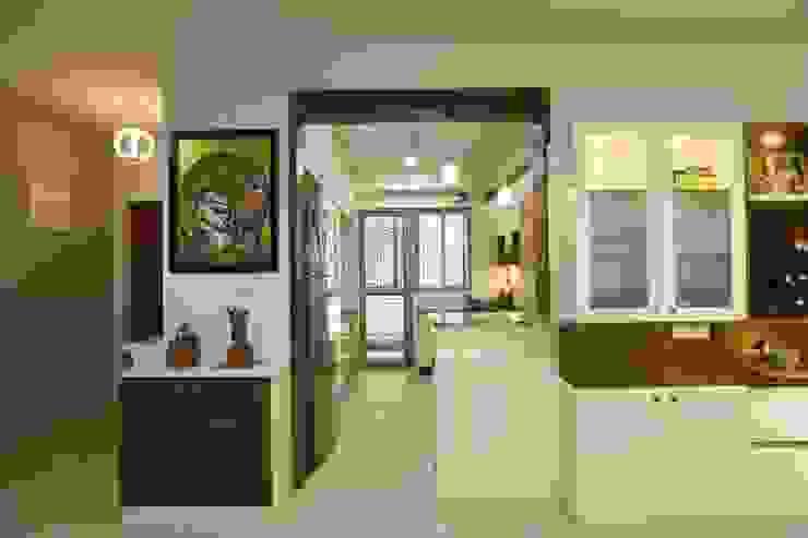 5 Modern corridor, hallway & stairs by Magnon India Modern