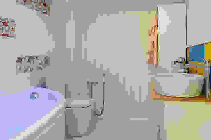 Проект барнхауса «Ван Гог» Ванная комната в стиле кантри от ARTBARN.RU: строительство барнхаусов Кантри