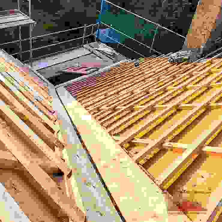 Dachdeckermeisterbetrieb Dirk Lange | Büro Herford Hipped roof