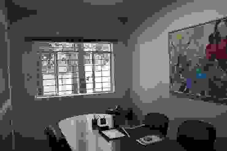 Antes da Reforma: Sala de Reunião por Marcos Takiguthi Arquiteto
