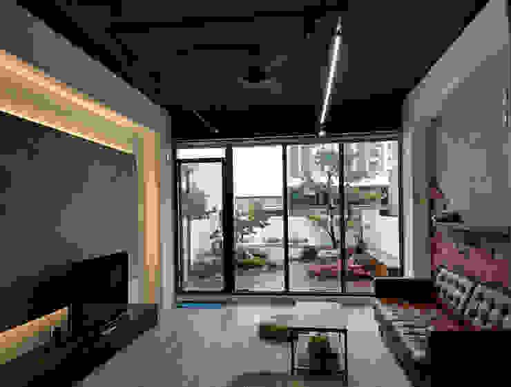 五樓休息室 台中室內建築師|利程室內外裝飾 LICHENG 商業空間