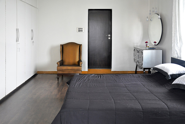 Eclectic style bedroom by Dhruva Samal & Associates Eclectic