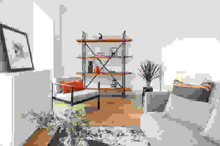 Hoost - Home Staging Living roomShelves