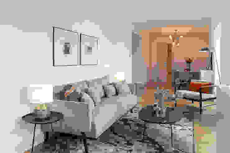 Hoost - Home Staging Salas/RecibidoresSofás y sillones
