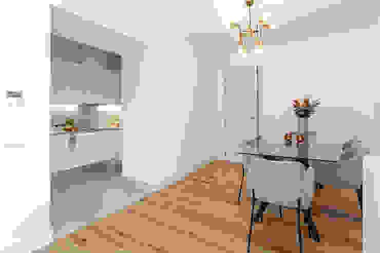 Hoost - Home Staging ComedorSillas y banquetas